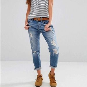 Hollister Distressed Boyfriend Jeans Medium Wash